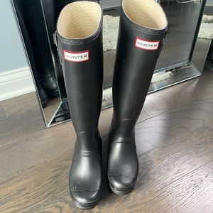 ◾️Hunter Tall Rain Boots Black